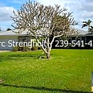 RIVERFRONT Home with Swimming Pool!  Bundles of Li - Cape Coral, FL 33904