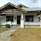 Beautiful Bungalow close to the Paseo District! - Oklahoma City, OK 73118