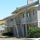 Hearth Hollow Apartments - Derby, KS 67037