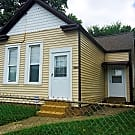 Cute 2 bedroom 1 bath cottage style home - Louisville, KY 40214