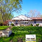 4 bedroom 2 bath in Bloomington available now! !! - Bloomington, MN 55431