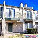 Immaculate 3 bedroom 2.5 bath Townhome in... - Missouri City, TX 77459
