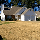 REDUCED & MOVE IN READY! - Fayetteville, GA 30215
