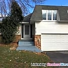 Spacious 3 BR 3 BA Twin home Quiet W. Bloomington - Bloomington, MN 55437