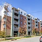 ***MOVE IN SPECIAL!*** 630 Calvert St #1409 - Charlotte, NC 28208