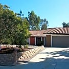 ENCINITAS 4BR/2BA SINGLE LEVEL FAMILY HOME - Encinitas, CA 92024