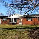 Nice home in good neighborhood. - Canton, OH 44721