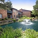 Arbor Lakes - Arlington Heights, IL 60004