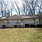 6015 W 54Th St - Cute 2 Bedroom Ranch! - Mission, KS 66202