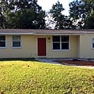 1106 Leisure Ave - Tampa, FL 33613