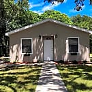 Beautiful and Cozy 3/2 close to Beaches - Clearwater, FL 33755
