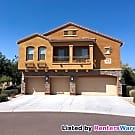 Beautiful 3 BD 2 1/2 BA + Den Townhome at Deer... - Goodyear, AZ 85338