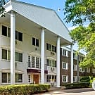 Larpenteur Manor Apartments - Falcon Heights, MN 55113