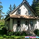 Wonderful 4 BDRM Mequon Home - Mequon, WI 53097