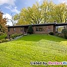 Wonderful 4 BR 2.5 Bath / 3 Fireplaces / Great... - Mendota Heights, MN 55118