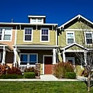 Immaculate, upgraded townhouse in Fronterra Villag - Commerce City, CO 80022