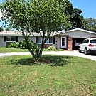 Gorgeous 3/2 home 3 miles from gulf beaches on ... - Seminole, FL 33772