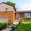 Property ID# 571311300445-3 Bed/2.5 Bath, Melro... - Melrose Park, IL 60160
