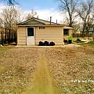809 Bennett Ave- 2 Bed 1 Bath Cottage-Close To Dow - Colorado Springs, CO 80909
