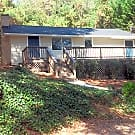 3 Bedroom 2 Bath Home Available NOW - Gainesville, GA 30506