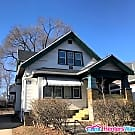 *DUPLEX* 2 Bedroom Upper for Rent (Near I43) - Milwaukee, WI 53212