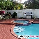 4/2 Private Home with Amazing Pool! - Miami, FL 33173