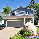Spacious Split Level Home - Columbia Heights, MN 55421
