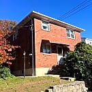 Spacious 3 Bedroom/1 Bathroom Minutes From The Ver - Staten Island, NY 10305