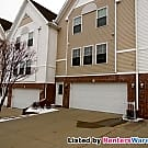 Lovely 3 story 2 bed 1.5 bath Town Home in Ankeny - Ankeny, IA 50021
