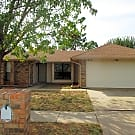 Attractive Home! - Oklahoma City, OK 73162
