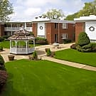 Brook Forest Apartments - Bensenville, IL 60106
