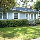2/1 Home Behind Midtown! Pet Friendly! Parking ... - Gainesville, FL 32603