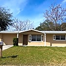 Beautiful 2/1 with HUGE fenced yard and TONS of... - Port Richey, FL 34668
