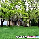 Very Nice 3BD/2BA Home In Blaine! - Blaine, MN 55449