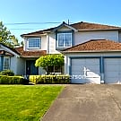 Lovely Campus Highlands Home - Landscaping Include - Federal Way, WA 98023