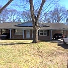 Duplex located on quiet street! - Murfreesboro, TN 37129