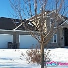Executive Golf Course Ramsey home Quick Move! - Ramsey, MN 55303