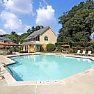 880 Lakeside Apartments - Marietta, GA 30060