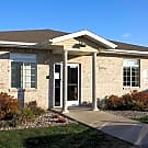 Fox Point Apartments - Baraboo, WI 53913