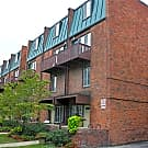 Carriage House Apartments - Ann Arbor, MI 48104