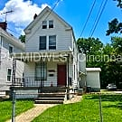 Great Norwood Apartment with Wood Floors - Cincinnati, OH 45212