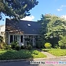 Great Price. Stylish 3bedroom Kirkland Town Home - Kirkland, WA 98034