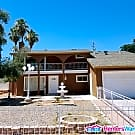Centrally Located 4 Bed / 2 Bath W/ Pool! - Las Vegas, NV 89121