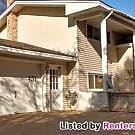 2 bedroom lower level duplex available now! - Saint Paul, MN 55119