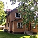 Large Remodeled 5br/2ba St. Cloud Home!! - Saint Cloud, MN 56303