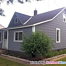 Cute 2bed/1bath w/Heated Garage Available 6/1! - Saint Cloud, MN 56303