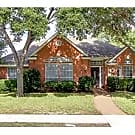 Lovely 4/2/2 in the heart of Plano - Plano, TX 75023