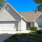 Platte County Home- 8423 N Chatham Ave - Kansas City, MO 64154