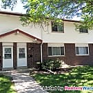 3 Level Spacious Pewaukee Condo - Pewaukee, WI 53072