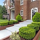 Queens Ridge Apartments - Windsor Mill, MD 21244